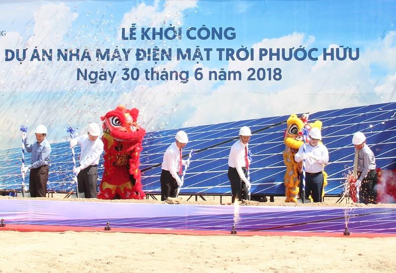 Khởi công dự án nhà máy điện mặt trời Phước Hữu - ảnh 1