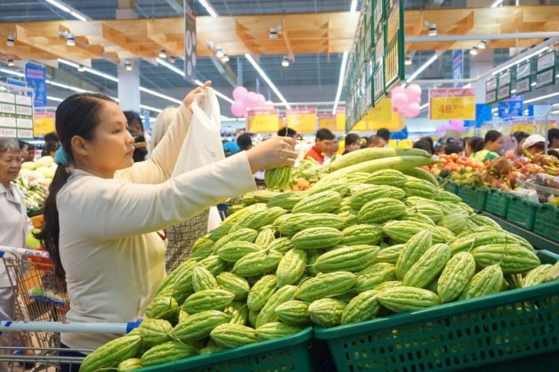 Co.opmart giảm giá mạnh tôm thẻ, hàu sữa, thịt heo xay - ảnh 1