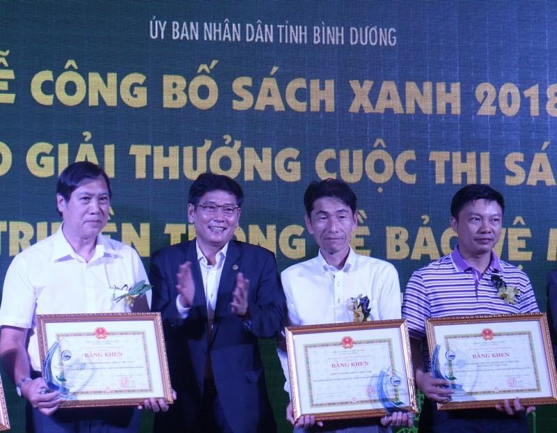 """FrieslandCampina Việt Nam nhận giải thưởng """"Doanh nghiệp Xanh"""" - ảnh 1"""