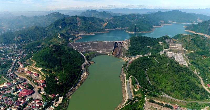 Thủy điện Hòa Bình - niềm tự hào của ngành điện Việt Nam - ảnh 1