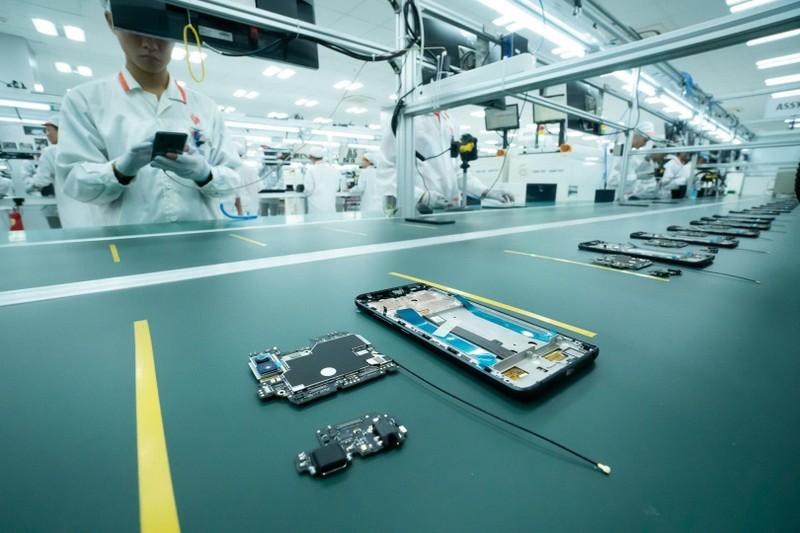 Vingroup động thổ nhà máy điện thoại thông minh công suất cao - ảnh 3