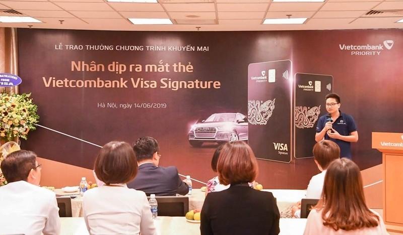 Vietcombank trao thưởng xe Audi Q5 cho khách hàng              - ảnh 2