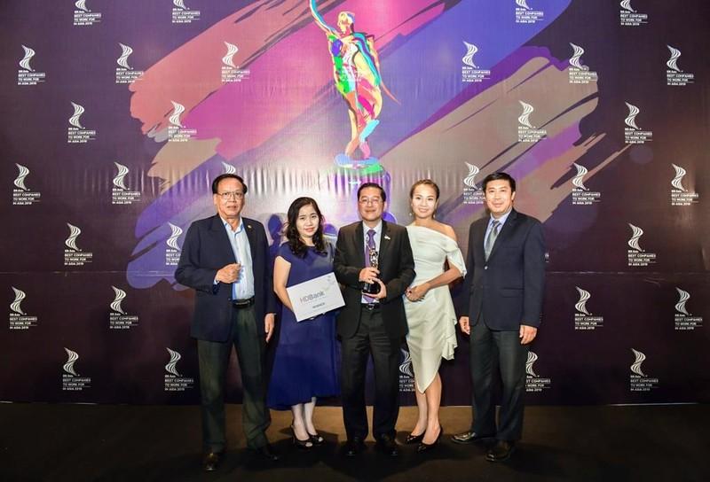 4 ngân hàng vào top nơi làm việc tốt nhất châu Á - ảnh 1