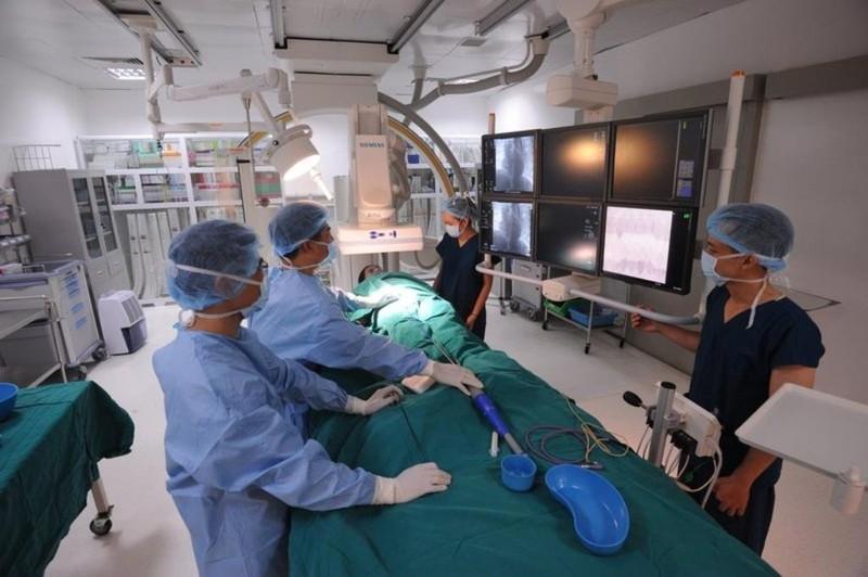 Mô hình 'Trung tâm xuất sắc' về tim mạch và ung bướu đầu tiên  - ảnh 2