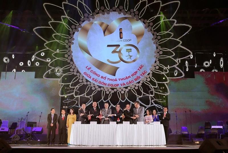 HDBank và Saigon Co.op ký kết hợp tác toàn diện - ảnh 1