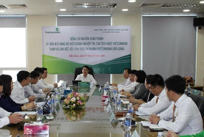 Vietcombank ủng hộ 4 tỉ đồng công tác an sinh xã hội - ảnh 1
