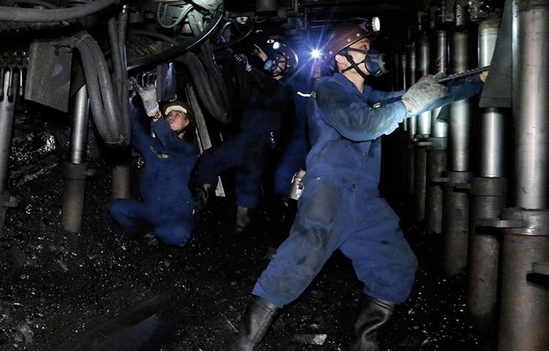 Năng suất lao động ngành than tăng 10% - ảnh 1