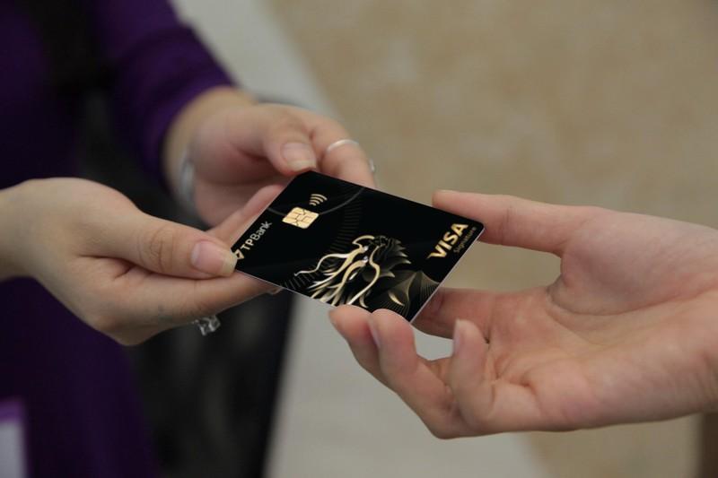 TPBank Visa Signature: Hoàn tiền trọn đời - ảnh 1