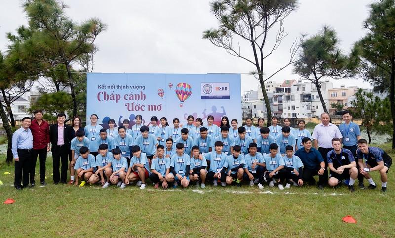 Manchester City cùng SHB chắp cánh ước mơ Việt   - ảnh 1