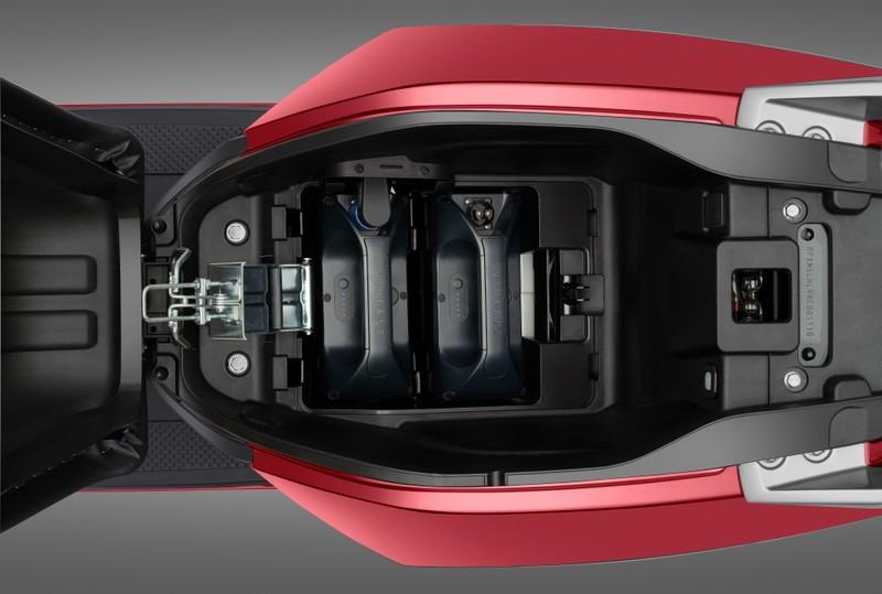 Vinfast bổ sung bộ sạc pin rời cho 3 dòng xe máy điện - ảnh 3