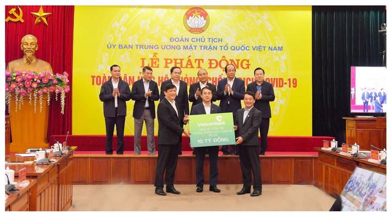 Vietcombank: Hơn 112.700 tỉ đồng dư nợ đã được hưởng ưu đãi    - ảnh 1