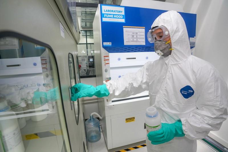 Vingroup: Sản xuất máy thở và máy đo thân nhiệt       - ảnh 2