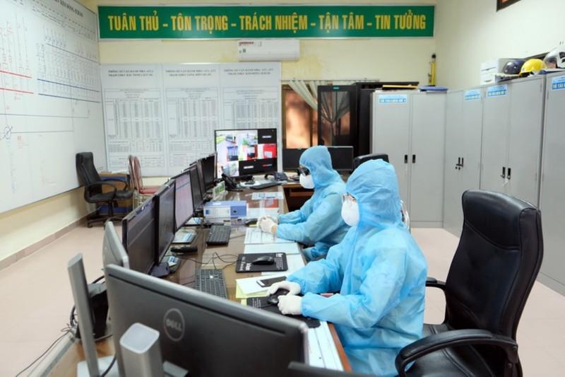 EVNNPT giữ an ninh, an toàn lưới điện mùa dịch COVID-19        - ảnh 2