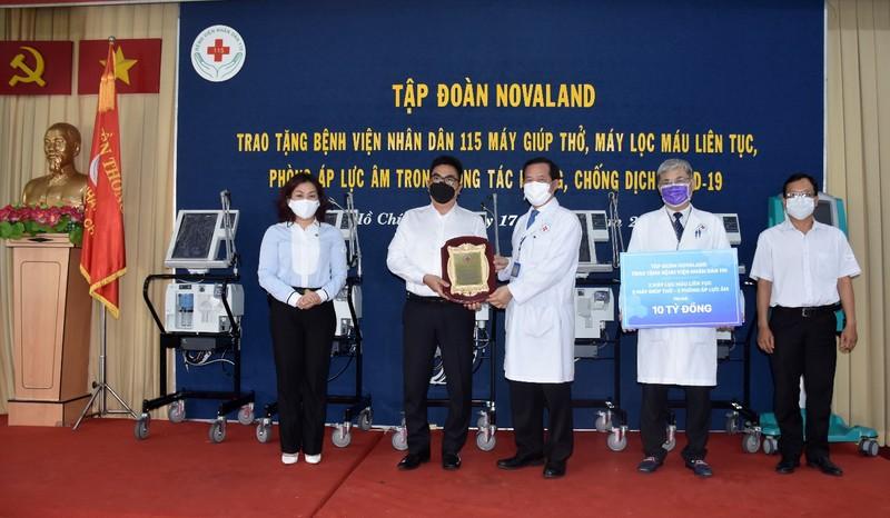 Novaland tặng trang thiết bị y tế cho BV Nhân dân 115 - ảnh 3