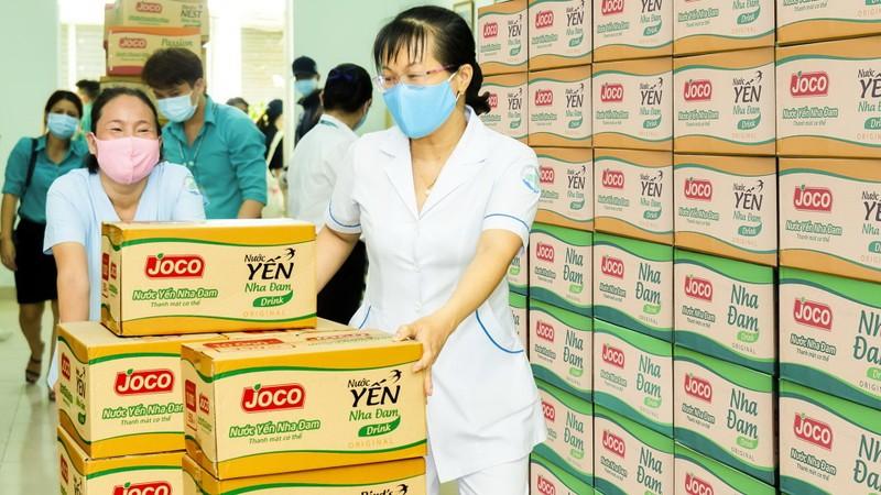 Uniben tặng 150.000 bữa ăn dinh dưỡng tới các y bác sĩ - ảnh 10