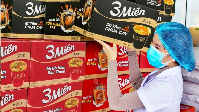 Uniben tặng 150.000 bữa ăn dinh dưỡng tới các y bác sĩ - ảnh 3