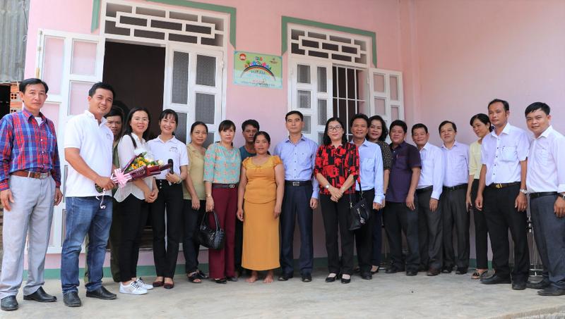 Mái ấm yêu thương đến với người nghèo Bình Thuận - ảnh 1