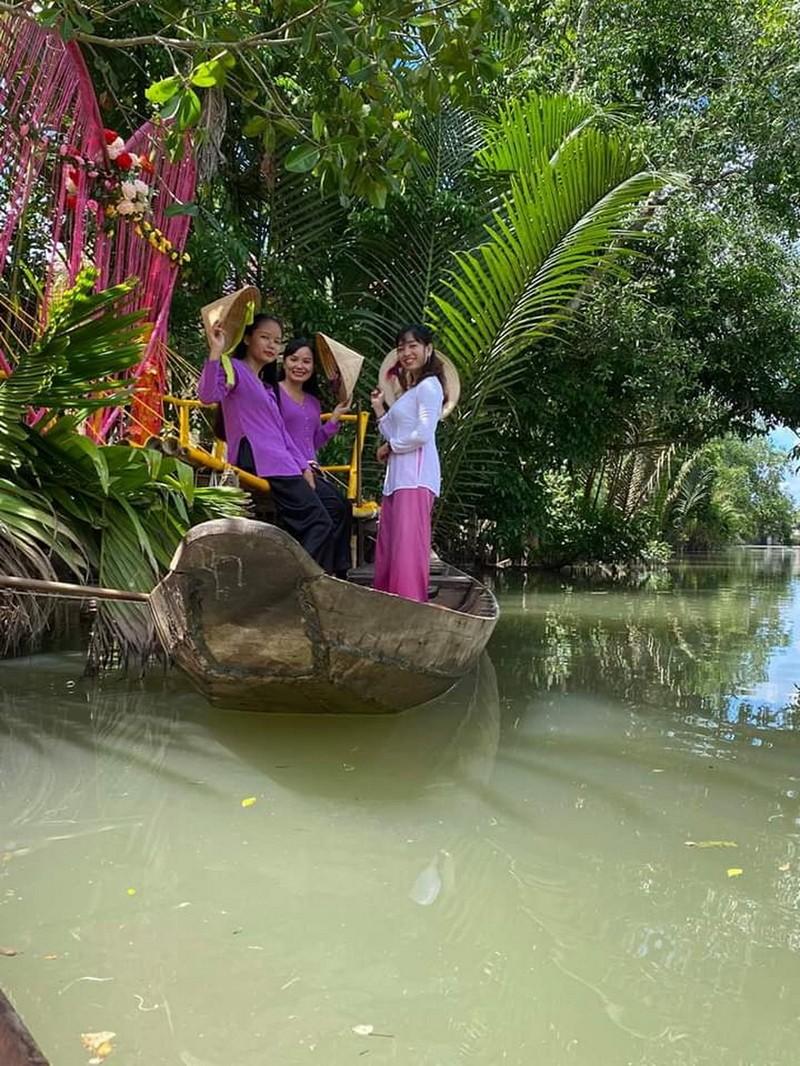 Trải nghiệm xứ dừa tại Nghênh Xuân Farmstay - ảnh 1