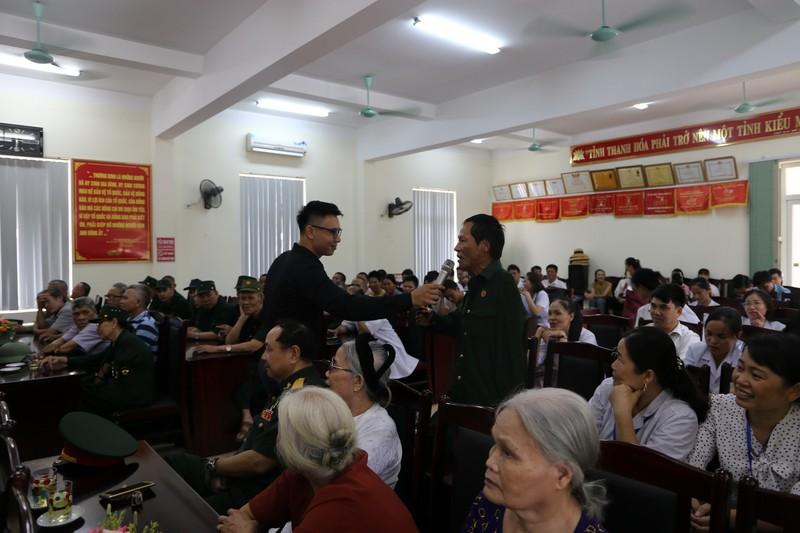 Him Lam Land tặng quà 10 trung tâm điều dưỡng thương binh nặng - ảnh 3