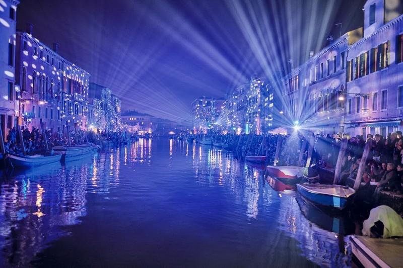 Kinh tế đêm: Cứu cánh du lịch Phú Quốc sau COVID-19 - ảnh 1