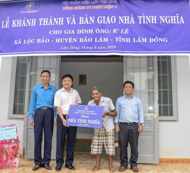 EVNGENCO1 trao tặng nhà tình nghĩa tại Lâm Đồng             - ảnh 2