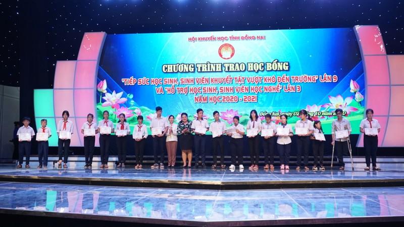Vedan trao học bổng cho học sinh sinh viên tỉnh Đồng Nai       - ảnh 1