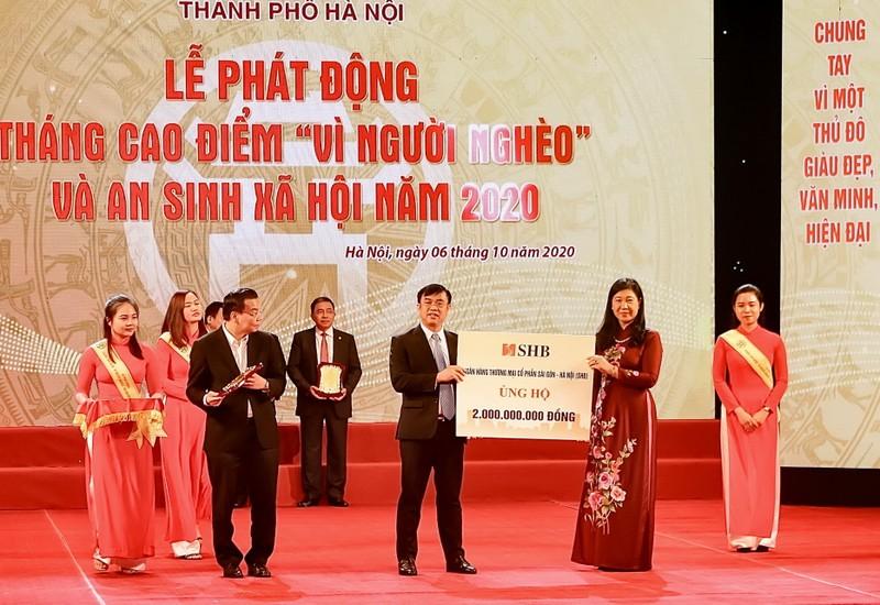 'Bầu Hiển' ủng hộ 5 tỉ đồng quỹ Vì người nghèo Hà Nội - ảnh 2