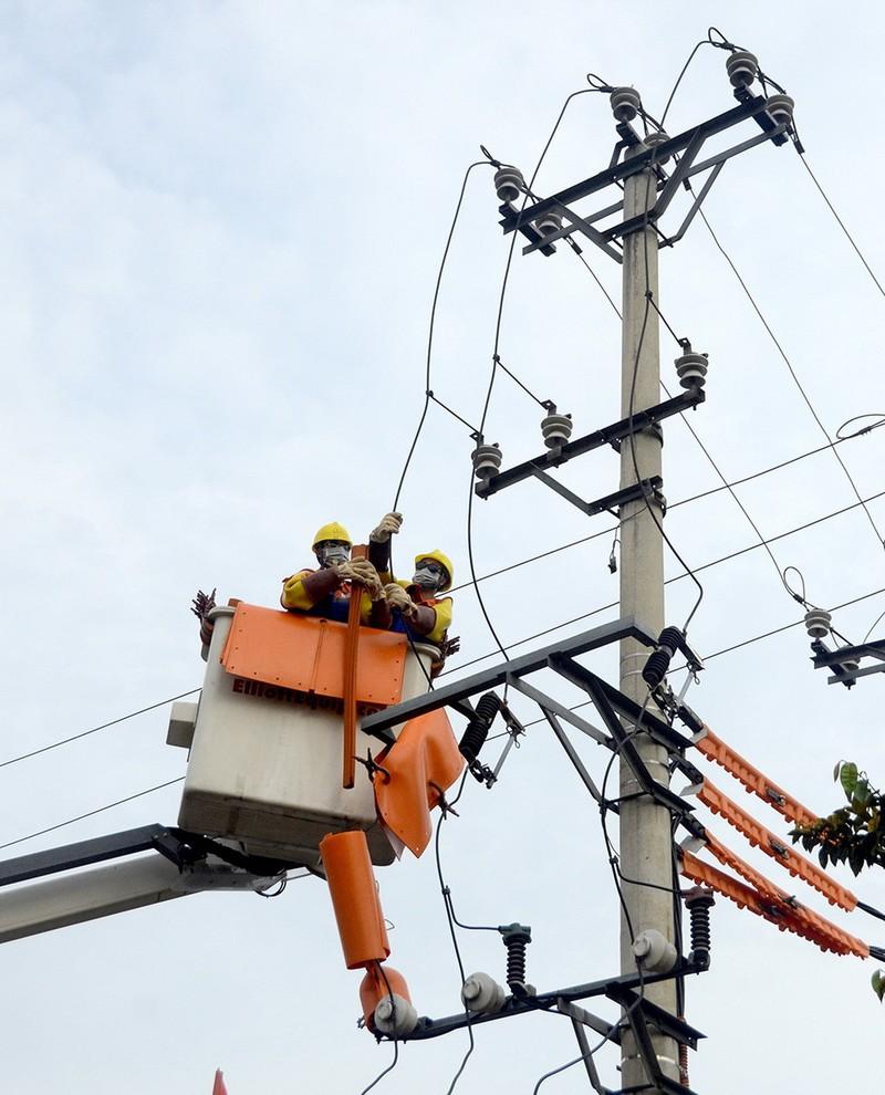 9 tháng, sản lượng điện của EVNNPC đạt 56 tỉ kWh - ảnh 1