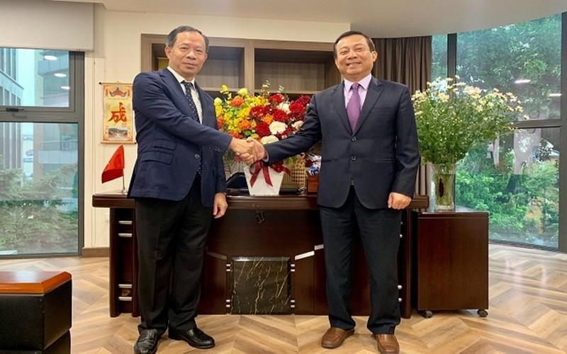 EVNNPC chúc mừng tân Phó ban Dân vận Thành ủy Hà Nội - ảnh 1