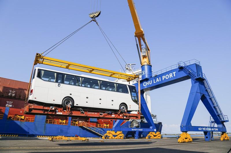 THACO xuất khẩu hơn 200 ô tô và linh kiện phụ tùng - ảnh 1