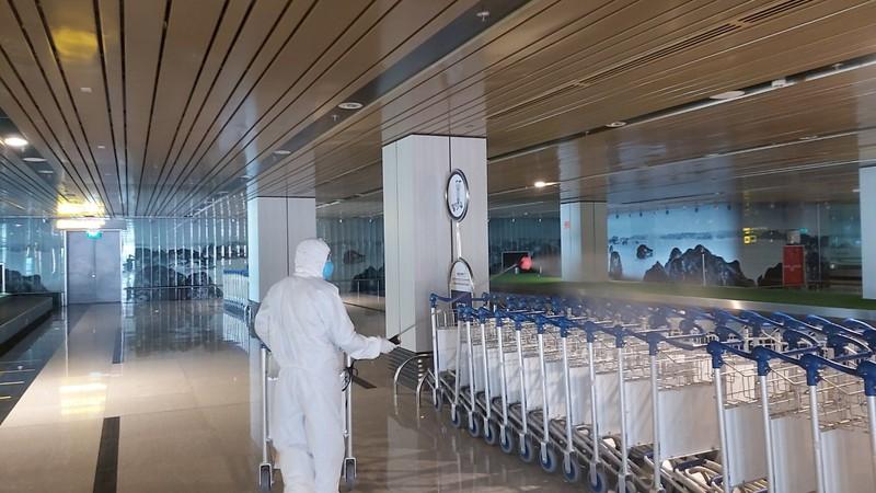 Cảng hàng không quốc tế Vân Đồn đảm bảo an toàn phòng dịch - ảnh 3
