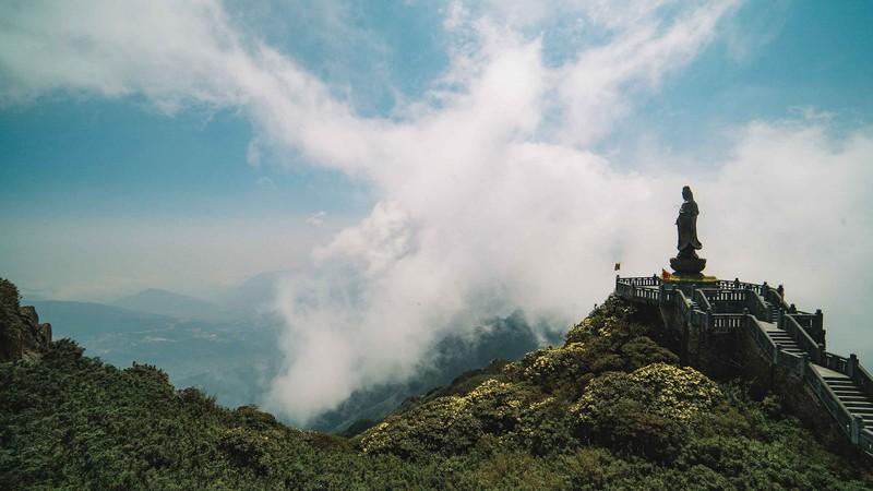Hành hương bái Phật về miền non thiêng Fansipan - ảnh 3