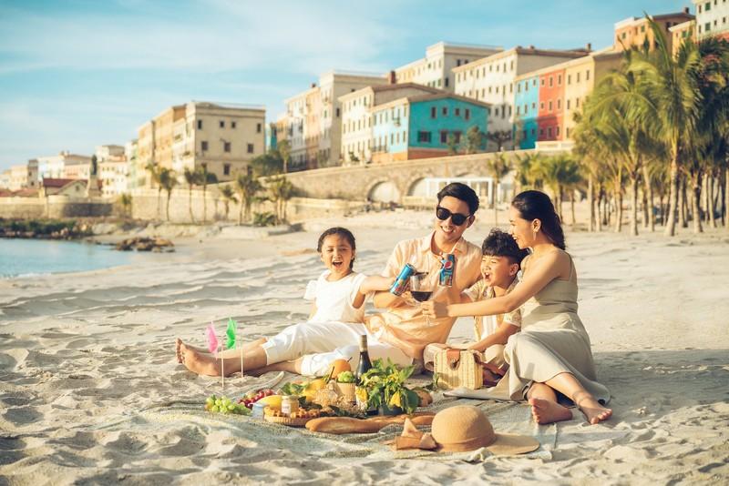 Trọn lợi ích tại 'thị trấn Địa Trung Hải' phồn vinh ở Phú Quốc - ảnh 3