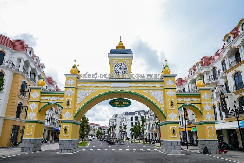 'Đột nhập' siêu quần thể Phú Quốc United Center trước giờ G - ảnh 5