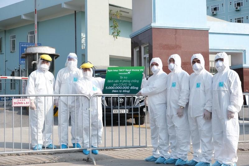 Vietcombank hỗ trợ Bệnh viện K cơ sở Tân Triều hơn 5 tỉ đồng   - ảnh 1