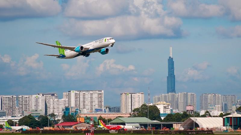 Bamboo Airways tiêm vaccine COVID-19 cho tất cả cán bộ nhân viên - ảnh 2