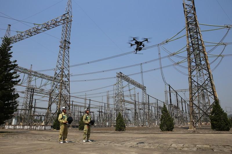 EVNNPT tiên phong áp dụng công nghệ vận hành lưới điện - ảnh 1