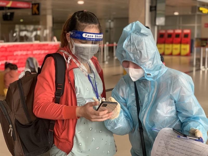 Người đứng sau những chuyến bay đưa thai phụ, người già về quê tránh dịch - ảnh 2