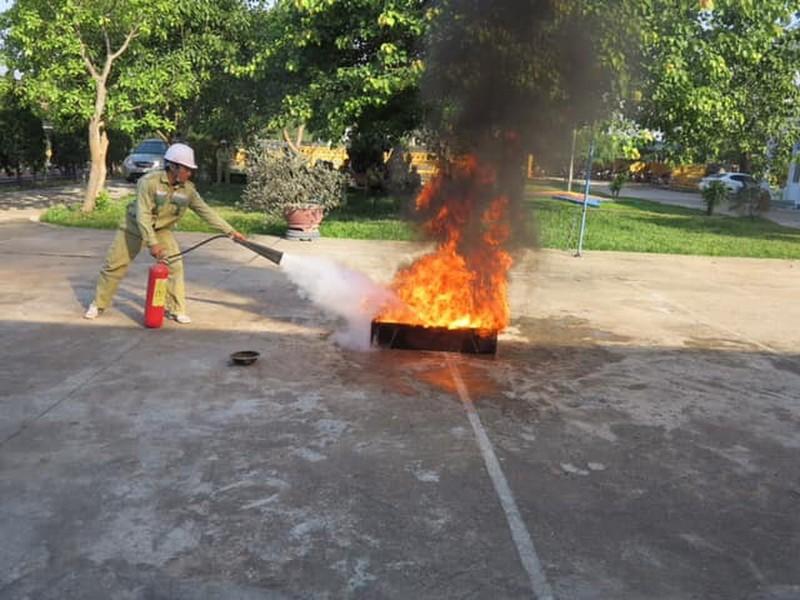 EVNNPT luôn chủ động nâng cao ý thức phòng cháy chữa cháy - ảnh 5