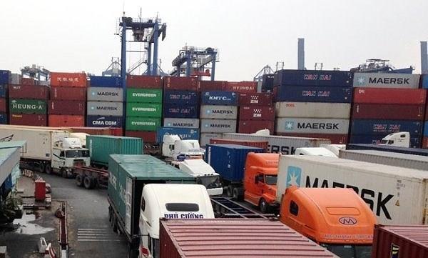 Gỡ nút thắt giao thông trước cảng Cát Lái - ảnh 1