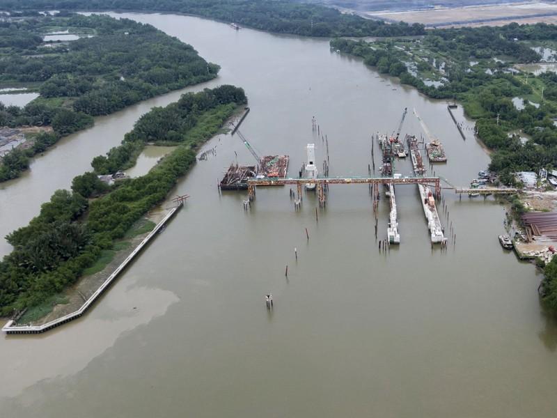 Cận cảnh thi công dự án chống ngập 10.000 tỉ dưới đáy sông - ảnh 11