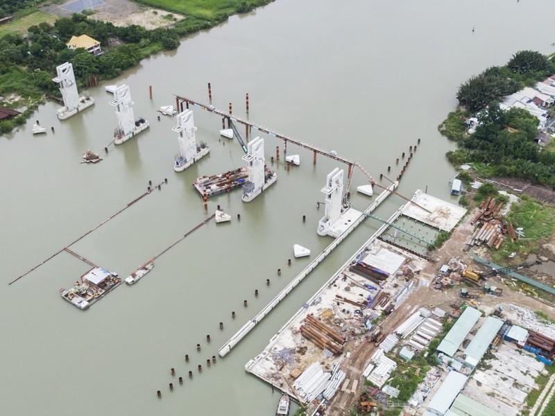 Cận cảnh thi công dự án chống ngập 10.000 tỉ dưới đáy sông - ảnh 10