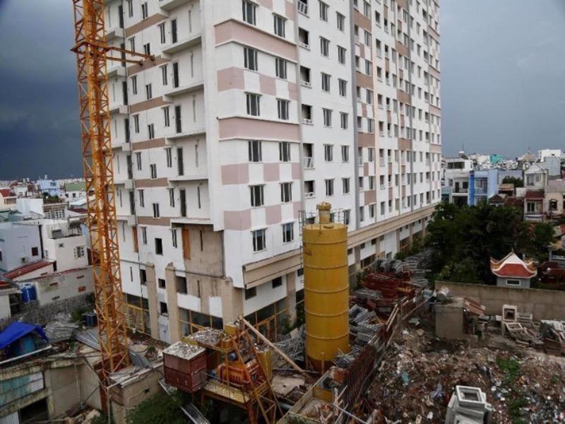 Không tháo dỡ một phần diện tích vi phạm ở Tân Bình Apartment - ảnh 1