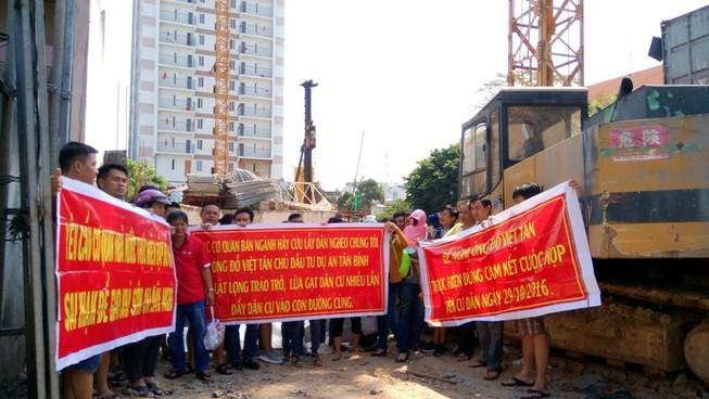 Không tháo dỡ một phần diện tích vi phạm ở Tân Bình Apartment - ảnh 2