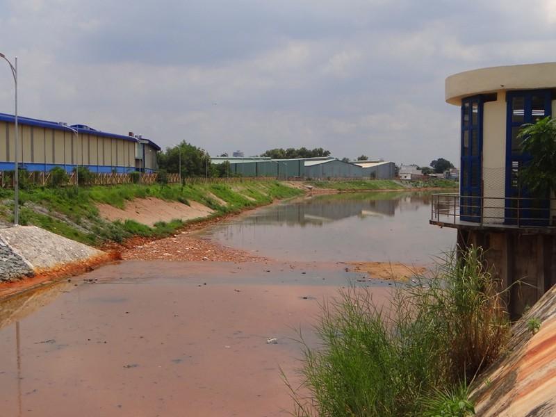 Công nghệ, hệ thống xử lý nước thải kênh Ba Bò nhiều thiếu sót - ảnh 1