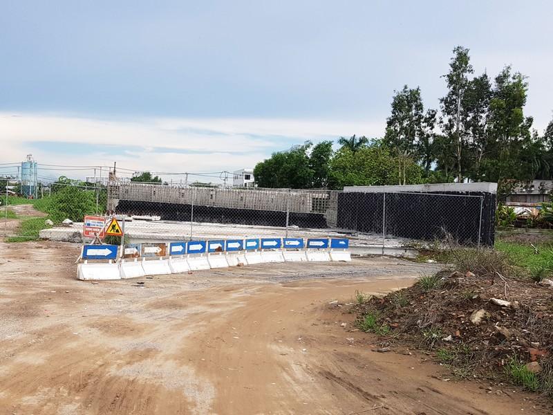 Những hình ảnh hoang tàn của công trường dự án vành đai 2 - ảnh 13