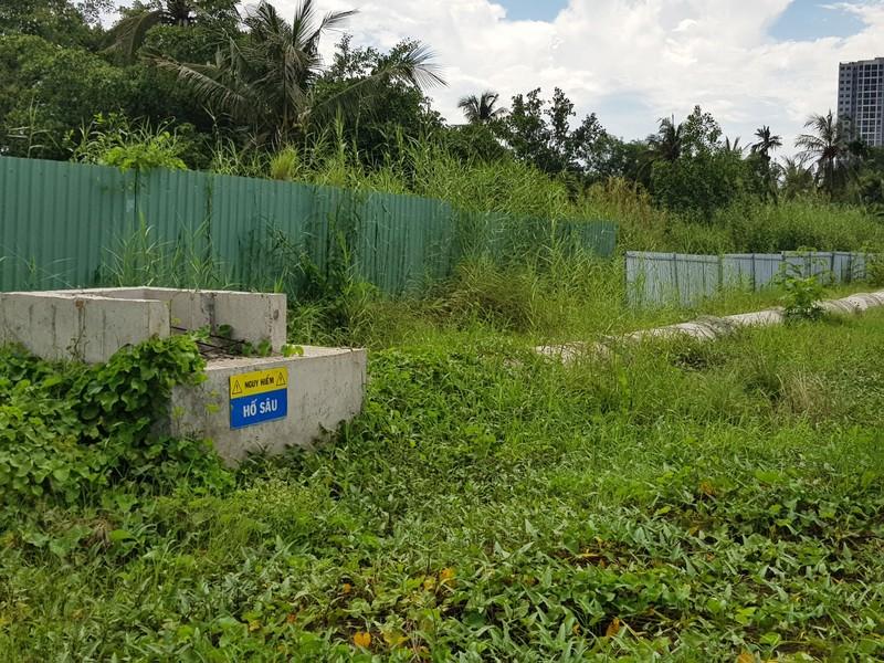 Những hình ảnh hoang tàn của công trường dự án vành đai 2 - ảnh 8