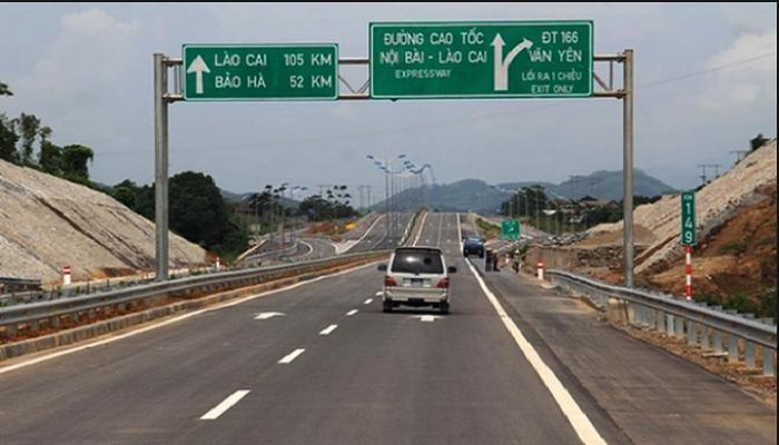 Phát hiện nhiều xe trốn phí trên cao tốc Nội Bài - Lào Cai - ảnh 1