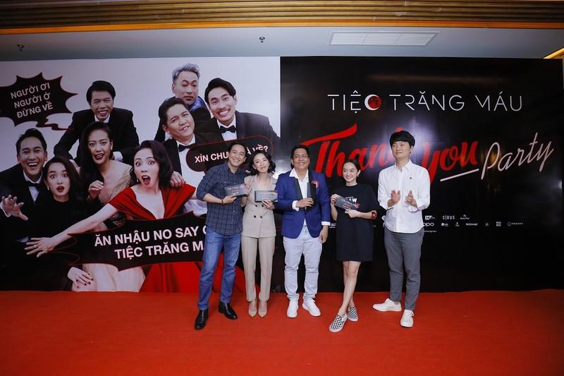 'Tiệc trăng máu' lọt tốp 3 phim Việt có doanh thu cao nhất - ảnh 2