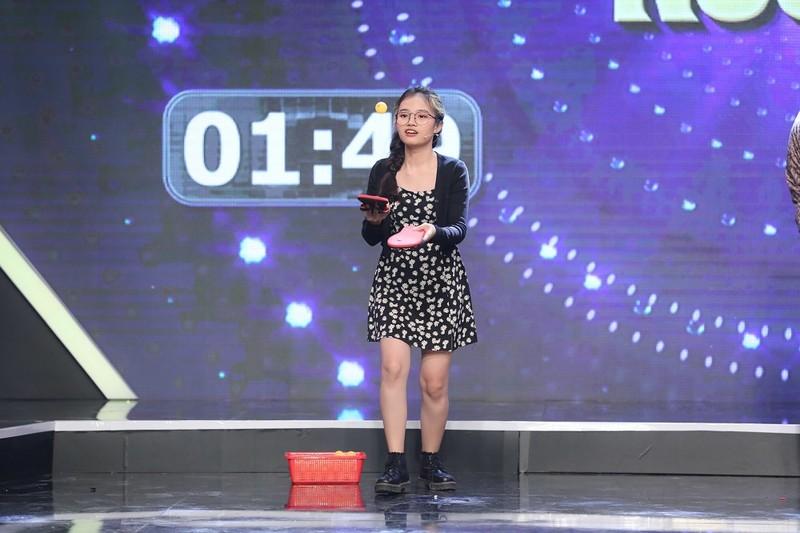 Hồng Thanh cùng DJ Mie diện đồ đôi đi chơi gameshow - ảnh 3